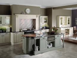 inspiring grey kitchen walls. Fascinating Design Ideas For Shaker Kitchen Decoration : Engaging With Charcoal Wall Paint Inspiring Grey Walls
