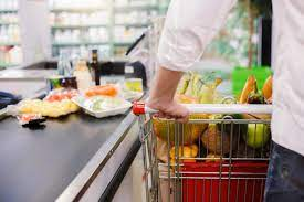 These credit cards may give a percentage of money spent back to the cardholder in the form of cash rewards. 9 Best Credit Cards For Groceries Rewards Offers