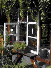 Deko Holz Fensterrahmen Für Konzept Alte Fenster Als Deko Im Garten