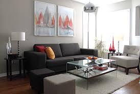 wohnzimmer grau streichen