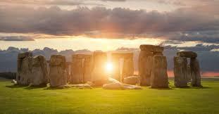 Monumentos & Estruturas do Mundo Antigo. Images?q=tbn:ANd9GcQQtKDhhnWAs1PpOF7WwTTRNQH7osH98jHApg&usqp=CAU