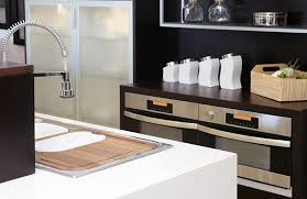 get top notch installation of your laminate countertops for your residential or commercial property