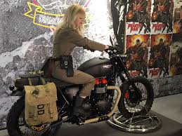 mgsv the phantom pain at comic con london triumph motorcycle
