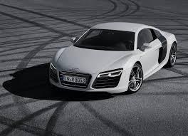 تفسير حلم السيارة البيضاء