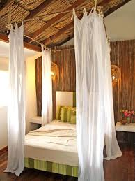 Bamboo Canopy Bed Canopy Bedroom Furniture Bamboo In The Bedroom ...