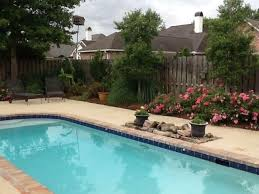 pool landscaping ideas