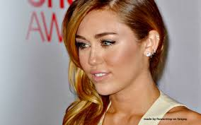 Miley Cyrus Bedroom Wallpaper Miley Cyrus 378 Cool Wallpaper Hivewallpapercom