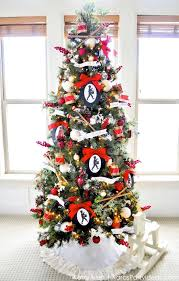 25 Decorated Christmas Tree Ideas - Pictures of Christmas Tree Inspiration
