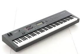 Yamaha Mox8 専用ケース付 ピアノタッチ 88鍵 御茶ノ水本店中古