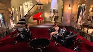 Koffee With Karan Season 6 Set Design Deepika Reacts To Ranbir Kats Vacation