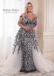 Plus Size Wedding Gown Designers 22 Designer Plus Size Wedding Dresses That Prove Your Body