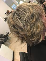 Halflang Pittig Blond Kapsel Kapsels Salon Tournier Blonde