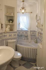 Shabby Chic Bathroom Best 10 Shabby Chic Bathroom With Feminine Details Ideas On