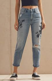 Black Rose Mom Jeans In 2019 Mom Jeans Black Mom Jeans