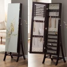 mirror armoire. mirror armoire y
