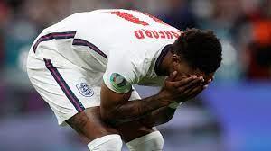 England News: Rashford meldet sich nach rassistischen Beleidigungen |  Fußball News