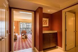 Superb Executive Suite   Entrance