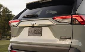 8 Great Traits of the 2019 Toyota RAV4... and a Fatal Flaw - NY ...