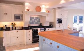 totally bespoke shaker kitchen in painted maple by churchwood s start from 17 000 01298 872422 churchwood co uk