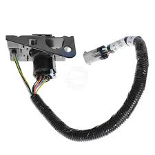 ford 4 & 7 pin trailer tow wiring harness w plug & bracket for 1994 ford f350 wiring harness at 2000 F350 Replacement Wiring Harness