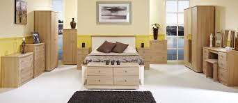 Oak Furniture Bedroom How Oak Bedroom Furniture Can Look Good In Bedroom Design