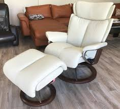 stressless magic signature base paloma light grey leather recliner and ottoman