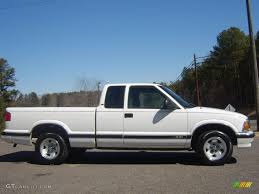 1995 Summit White Chevrolet S10 LS Extended Cab #26672885 ...