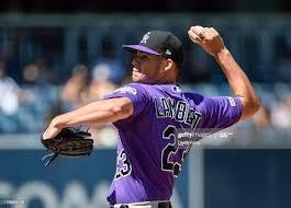 Peter Lambert of the Colorado Rockies pitches during the first inning...  ニュース写真 - Getty Images