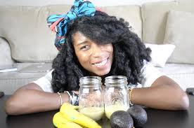 how to diy avocado banana hair mask solution for curly natural hair
