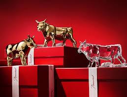 Перевод слова ox, американское и британское произношение, транскрипция, однокоренные слова, примеры использования. Happy New Year Luxury Flocks To The Year Of The Ox Jing Daily