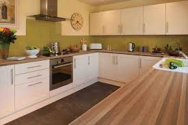 Cream Gloss Kitchen Kitchen Design Walnut Worktop Shaker Cream Gloss Ideas