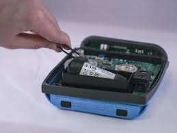 bose soundlink color. carefully remove the battery using a pair of tweezers. bose soundlink color