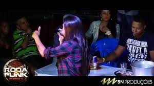 MC Marcelly :: Lançando musicas ao vivo na Roda de Funk :: Full HD - YouTube