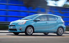 2012 Toyota Prius C First Test - Motor Trend