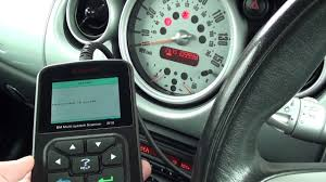 Mini Cooper Dashboard Lights Stay On Car Warning Light Wont Turn Off After Clearing Fault Codes Here Is Why
