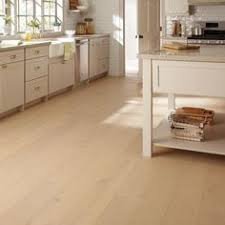 home legend wire brushed white oak 3 8 in thick x 7 1 2 in wide x varying length lock hardwood flooring 30 92 sq ft case hl315h the