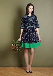 Cool women's vintage clothing