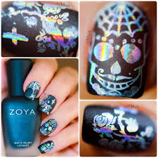 PhD nails: Gothic nail art with Zoya Domiva and holographic foil ...