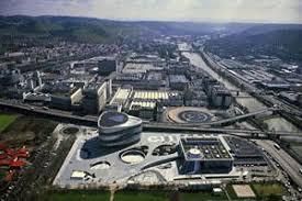 Dialog@daimler.com daimler ag corporate headquarters mercedesstraße 120 Mercedes Benz To Transform Plant For Electric Mobility