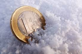 Что ждет вкладчиков в году ВЕДОМОСТИ Удачно размещенные в банке евро в 2017 г принесли больший рублевый доход чем вклады