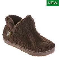 <b>Women's Slippers</b>