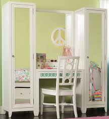 how to build bedroom furniture. Full Size Of Mesmerizing Diy Vanity Table Plans And How To Build A Makeup With Bedroom Furniture