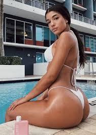 Girl Naked Anal Boob
