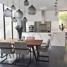 18 Gorgeous <b>Modern Dining Rooms</b>