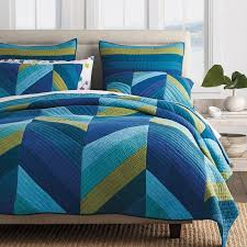 Mystic Chevron Striped Quilt | The Company Store & Mystic Quilt Adamdwight.com