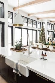 Best 25+ Modern farmhouse kitchens ideas on Pinterest | Farmhouse ...