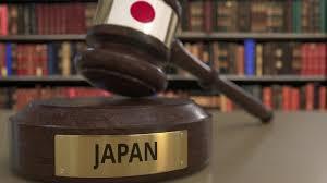 Japon : une femme trans gagne un procès pour utiliser les toilettes des  femmes