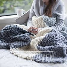 Chunky Knit Blanket Pattern Amazing Ravelry Mega Cabin Blanket Pattern By The Woven