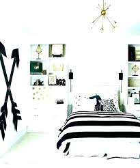 Black And Gold Master Bedroom Ideas Black White And Gold Master ...