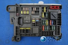 power distribution junction block fuse relay box 693168704 bmw power distribution junction block fuse relay box 693168704 bmw x5 x6 e70 07 13